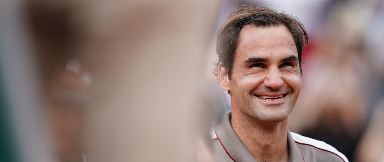 Smiling Roger Federer druing Roland-Garros 2019